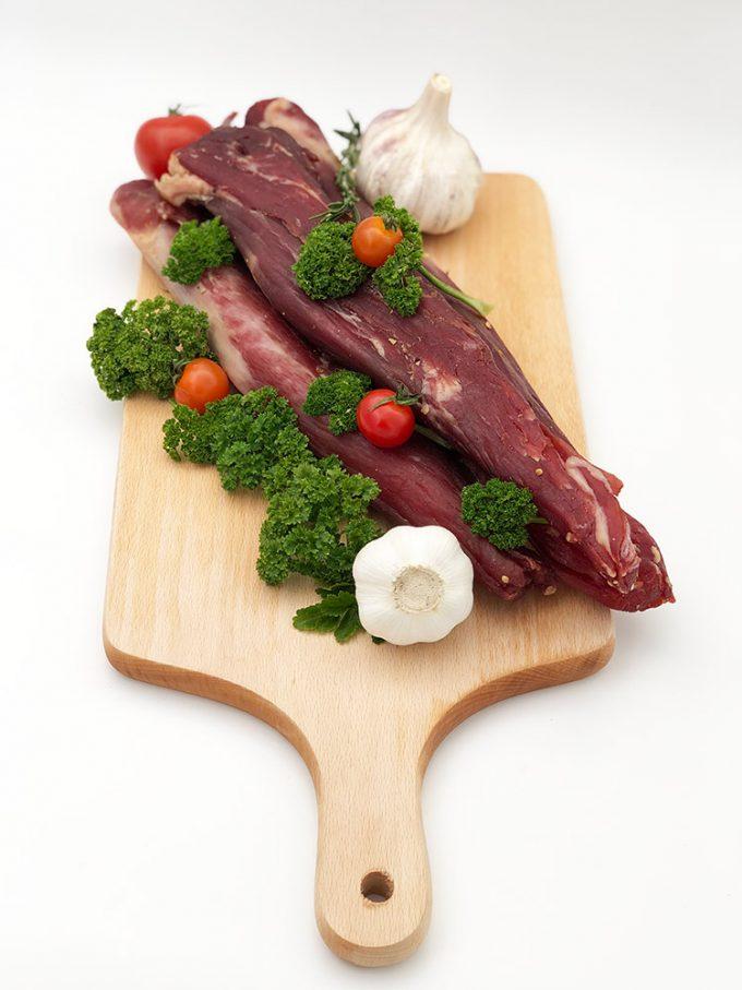 Kiaulienos išpjova. Mėsos krautuvėlė. Ne tik mėsos gaminiai Jūsų stalui.