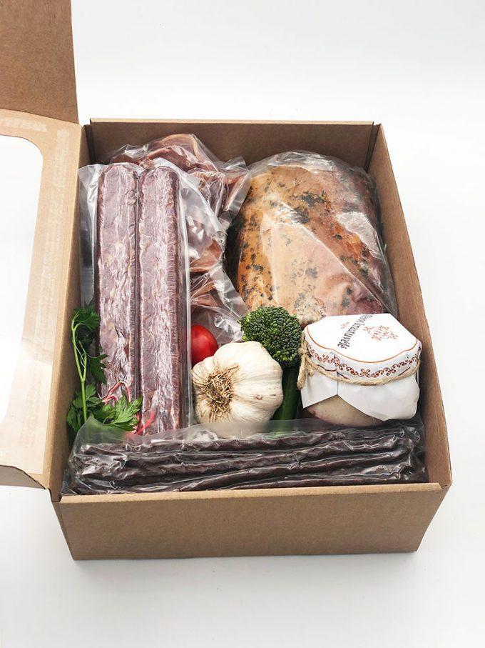 Mažasis skanėstų rinkinys dovanoms. Mėsos gaminiai internetu