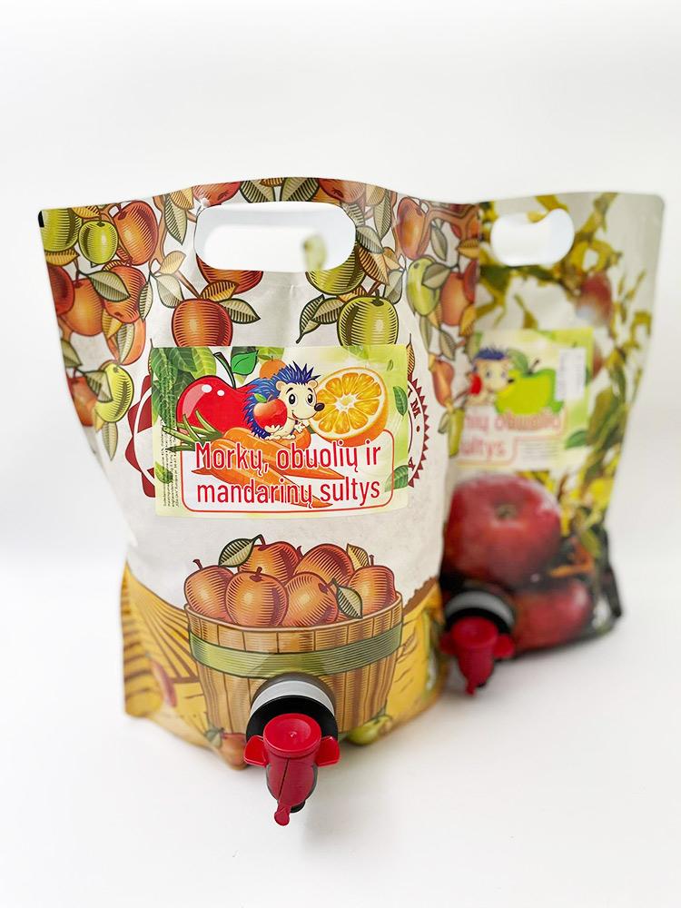 Morkų, obuolių ir mandarinų sultys
